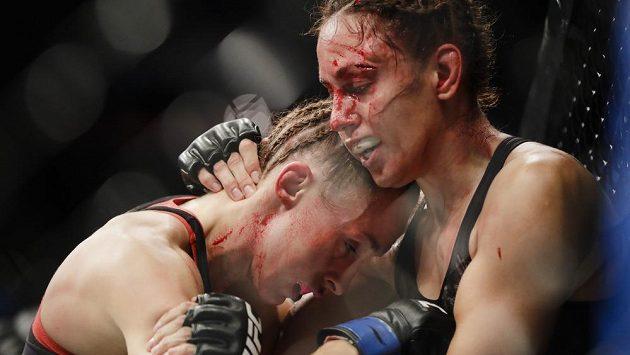 Česká bojovnice Lucie Pudilová prohrála v UFC s Antoninou Ševčenkovou z Kyrgyzstánu.