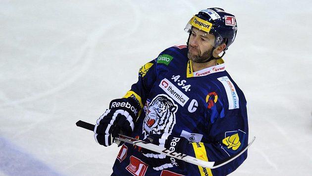 Útočník Petr Nedvěd se rozhodl s hokejem skončit