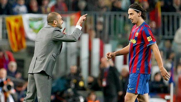 Bývalý trenér Barcelony Josep Guardiola a bývalý útočník Barcelony Zlatan Ibrahimovic