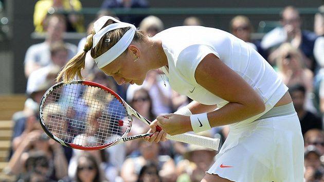 Petra Kvitová oslavuje triumf nad Jekatěrinou Makarovovou z Ruska.
