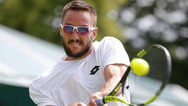 Srbský tenista Viktor Troicki ve Wimbledonu.