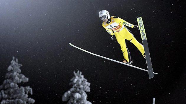 Japonec Džunširo Kobajaši předvedl v kvalifikaci v Innsbrucku nejdelší skok.