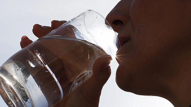 Obyčejná voda, zázrak a nutnost pro naše tělo.