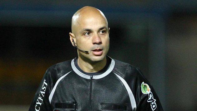 Fotbalový rozhodčí Leontios Trattos - ilustrační foto.