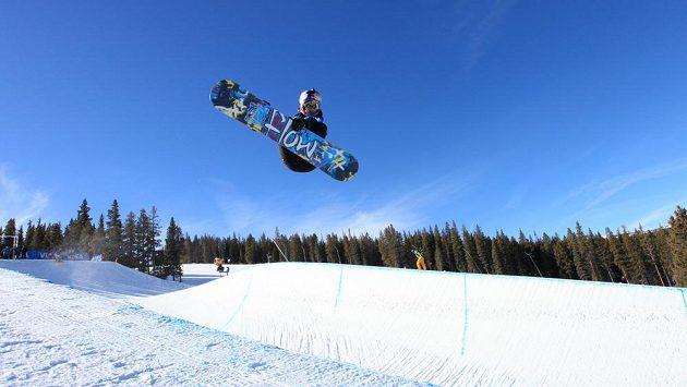 Snowboardistka Šárka Pančochová.