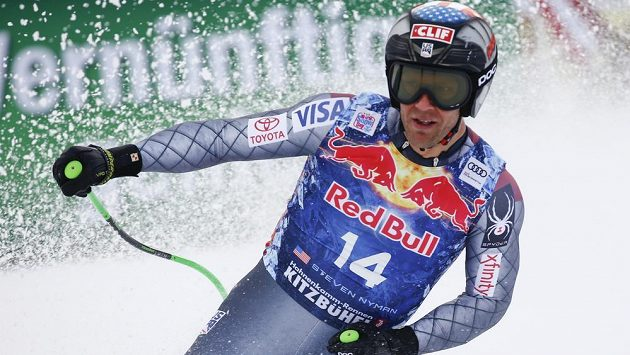 Steven Nyman z USA v Kitzbühelu.
