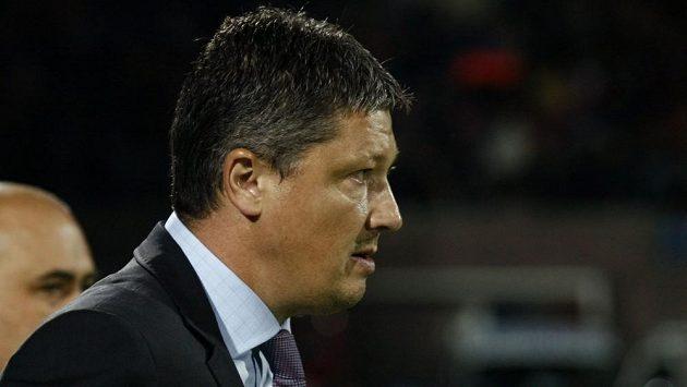Trenér fotbalistů Bulharska Luboslav Penev.