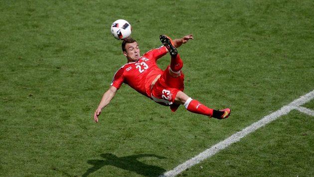 Parádní gól Xherdana Shaqiriho se dostal do nominace na nejkrásnější gól celé sezóny.