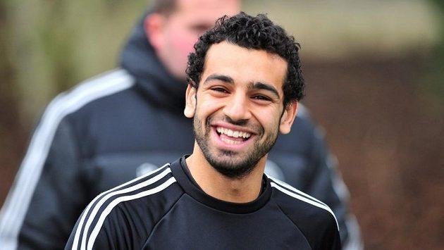 Záložník Chelsea Mohamed Salah.