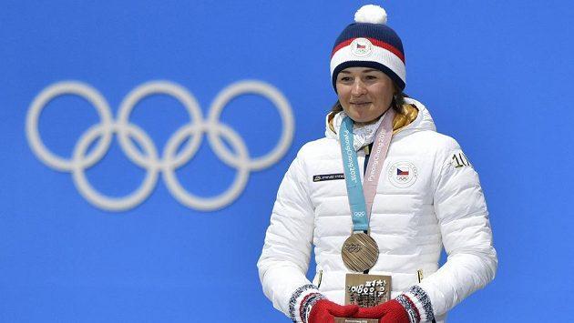 Česká reprezentantka Veronika Vítková s bronzovou medailí.