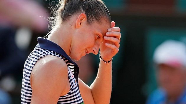 Karolína Plíšková během semifinále Roland Garros.
