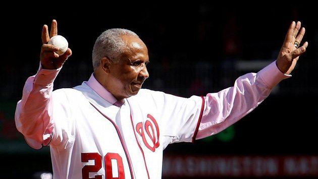 Ve věku 83 let zemřel bývalý slavný baseballista a první afro-americký trenér v MLB Frank Robinson.