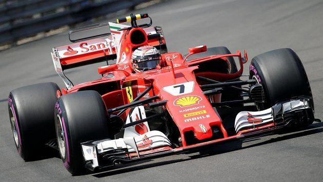 Kimi Räikkönen ze stáje Ferrari triumfoval v kvalifikaci na nedělní Velkou cenu Monaka F1.