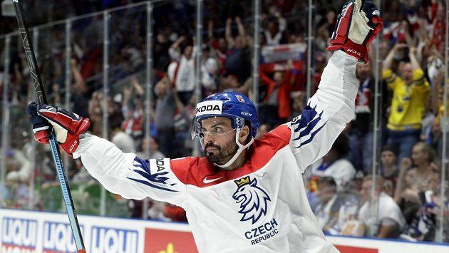 Michal Řepík slaví svůj gól v zápase o bronz proti Rusku.