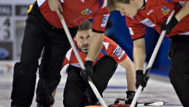Čeští curleři si na MS v Kanadě připsali další dvě vítězství nad týmy USA a Finska.