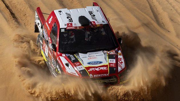Hup do písku! Martin Prokop na trati Dakaru.