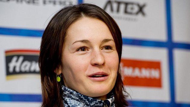 Biatlonistka Veronika Vítková na tiskové konferenci.