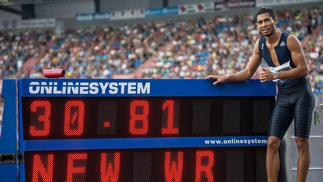 Sprinter Wayde van Niekerk se svým světovým rekordem na Zlaté tretře