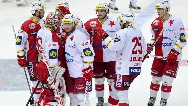 Vstupné na hokejisty Slavie bude v neděli stát 20 korun.