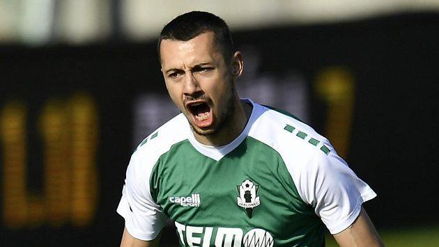 Ivan Schranz z Jablonce se raduje z prvního gólu, který dal z penalty, v duelu s Karvinou.