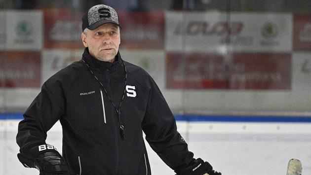 Trenér Josef Jandač na otevřeném tréninku hokejové Sparty.