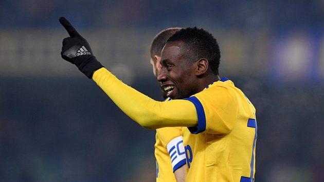Blaise Matuidi z Juventusu při utkání s Hellasem Verona.