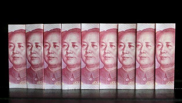 Čínské bankovky, ilustrační snímek.