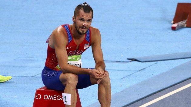 Jakub Holuša se do finále závodu na 1500 metrů neprobojoval.