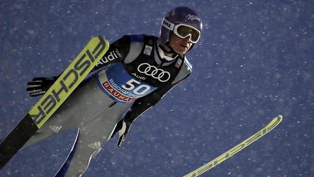 Andreas Wellinger z Německa v Bischofshofenu.