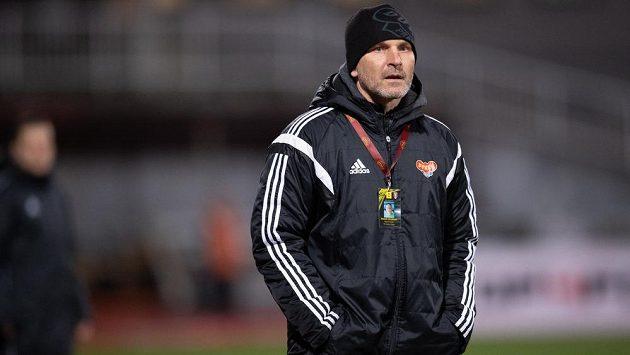 Trenér Dukly Roman Skuhravý se vrací do Opavy, kterou loni dovedl zpět do ligy.