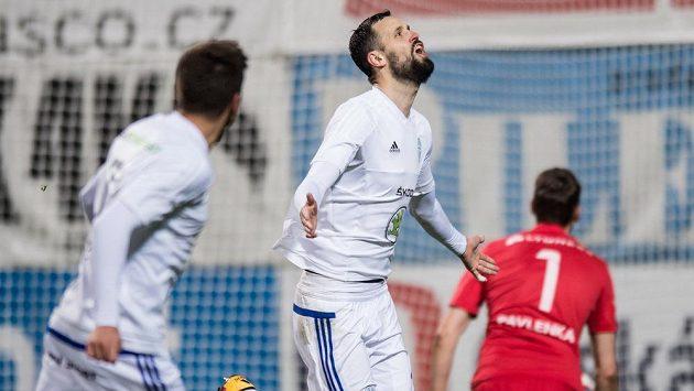 Lukáš Magera z Mladé Boleslavi oslavuje gól.