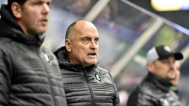 Trenér Mladé Boleslavi Vladimír Kýhos (uprostřed).