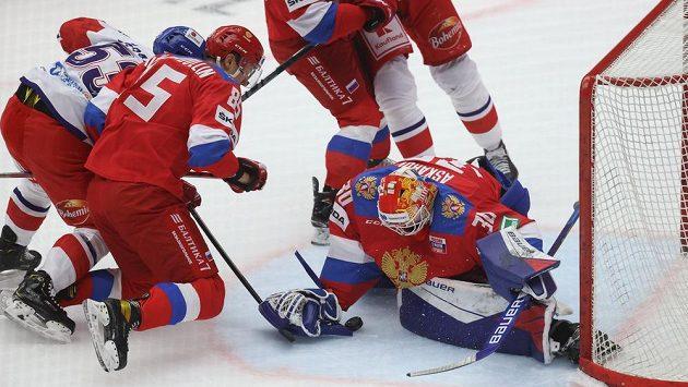 Michael Špaček vyrovnal zápas s Ruskem na 1:1.