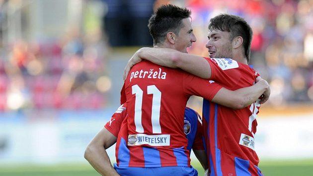 Podobnou radost by Milan Petržela (vlevo) a Tomáš Wágner (vpravo) chtěli prožívat i v Sarajevu.