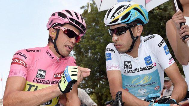 Španěl Alberto Contador (vlevo) a Ital Fabio Aru před startem 6. etapy Giro d'Italia.
