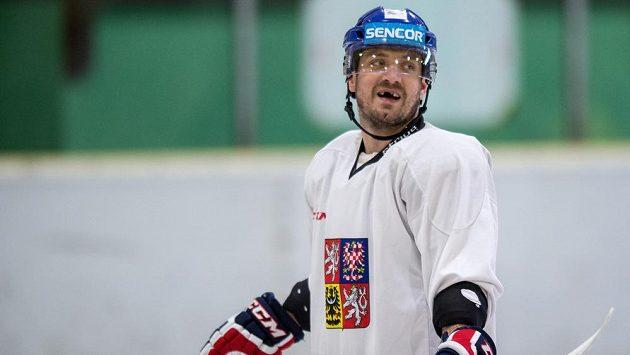 Útočník Petr Koukal na tréninku české hokejové reprezentace.
