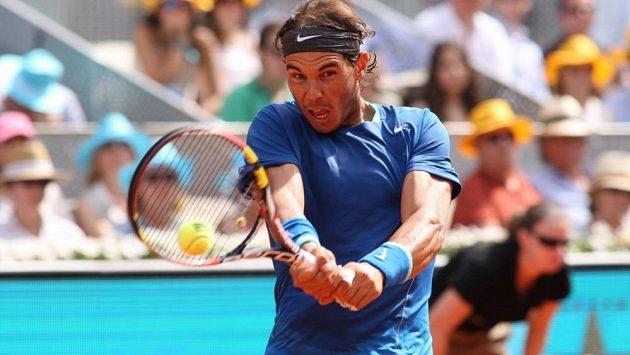 Rafael Nadal se kvůli zraněnému zápěstí odhlásil z US Open.