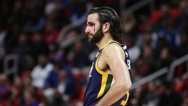 Basketbalista Utahu Jazz Ricky Rubio v duelu s Detroitem.