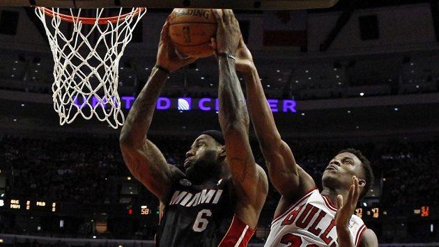 Střelcem utkání byl LeBron James, který pomohl k třetí výhře Miami v sérii 27 body.