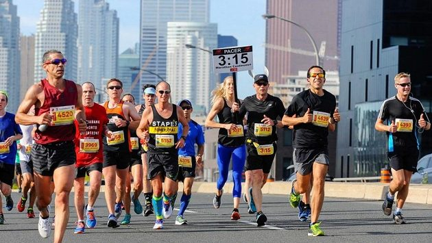 Maraton v Torontu je už tradičně spojen s mnoha rekordy a kuriozitami.