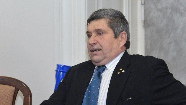 Otec lyžařky Šárky Strachové Petr Záhrobský