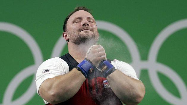 Jiří Orság během olympijského závodu v kategorii nad 105 kg.