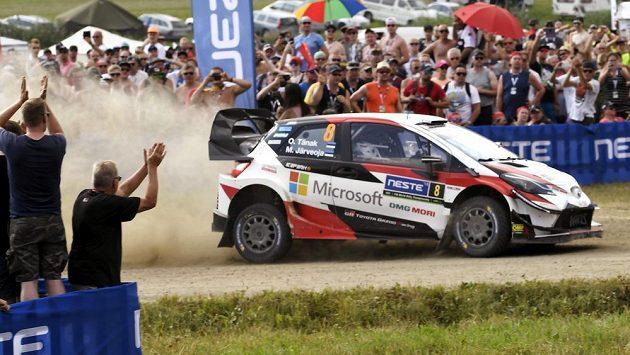 Estonec Ott Tänak ve druhé etapě Finské rallye.