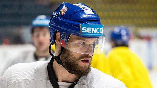 Obránce Michal Jordán na tréninku české hokejové reprezentace.