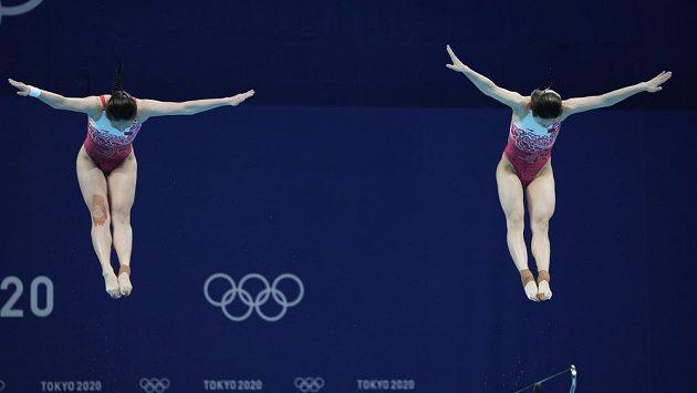Číňanky Š' Tching-mao, Wang Chan potvrdily v Tokio v synchronizovaných skocích do vody pozici favoritek.