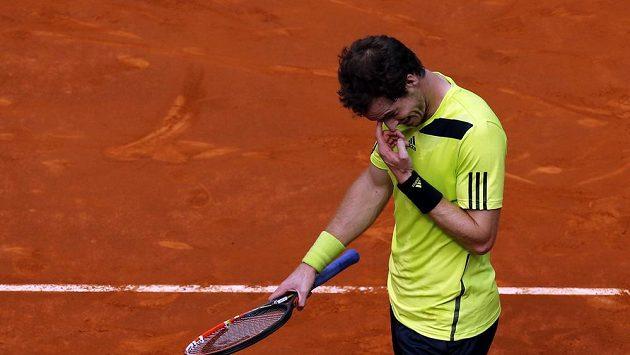 Andy Murray si nevěděl rady s Kolumbijcem Giraldem.