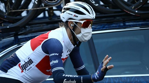 Vincenzo Nibali před startem letošního závodu Milán - Sanremo.
