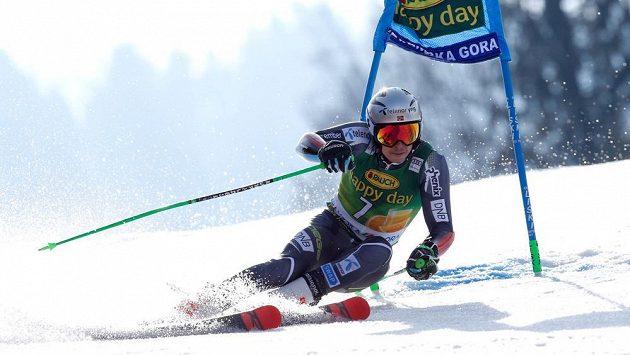 Norský lyžař Henrik Kristoffersen na trati obřího slalomu při Světovém poháru v Kranjské Goře.