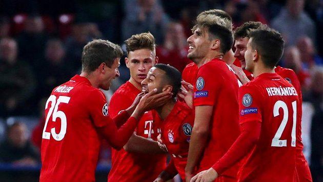 Sestřih utkání Bayern - CZ Bělehrad