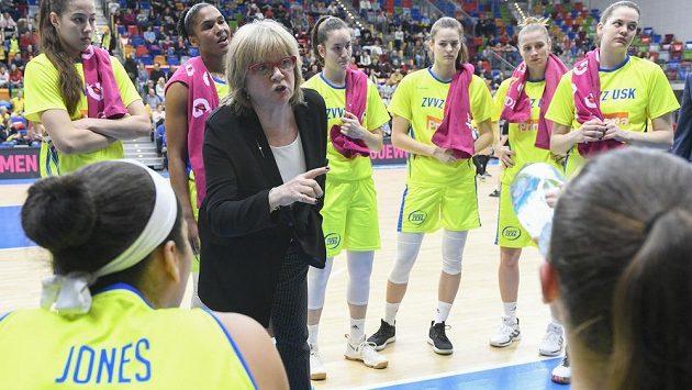 Trenérka USK Praha Natália Hejková a její svěřenkyně.